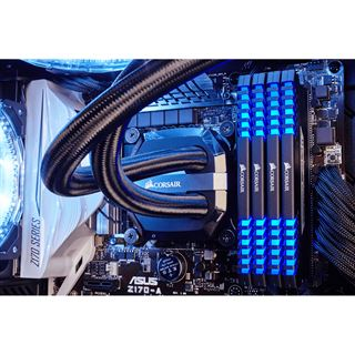 32GB Corsair Vengeance LED blau DDR4-3000 DIMM CL15 Quad Kit