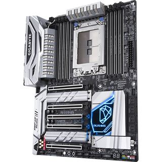 Gigabyte X399 Designare EX AMD X399 So.TR4 Quad Channel DDR4 ATX