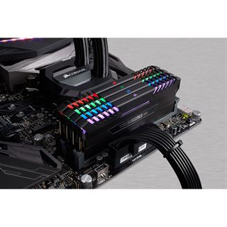 32GB Corsair Vengeance RGB schwarz DDR4-3000 DIMM CL16 Quad Kit