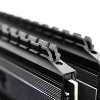 16GB Patriot Viper 4 Blackout DDR4-3600 DIMM CL17 Dual Kit